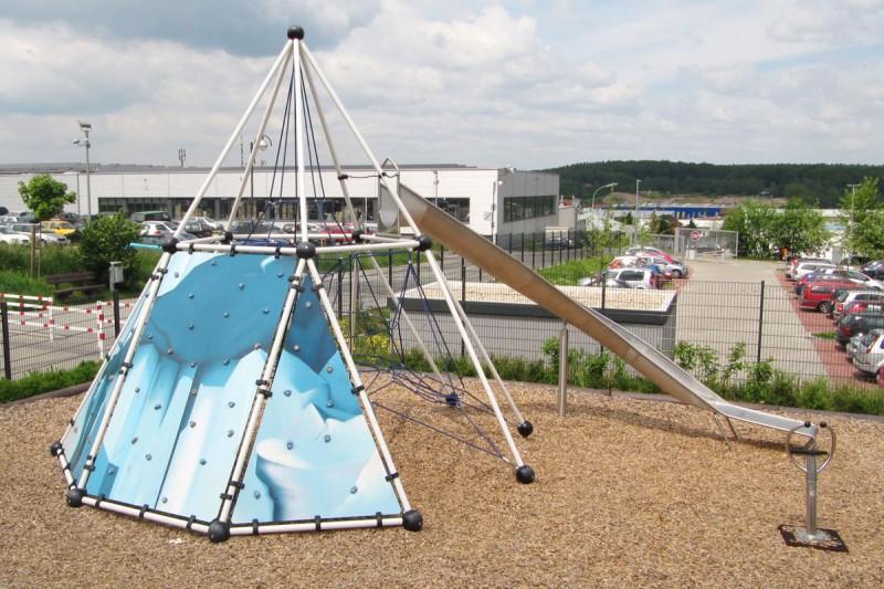 Urządzenia linowe na plac zabaw SKYCLIMBER