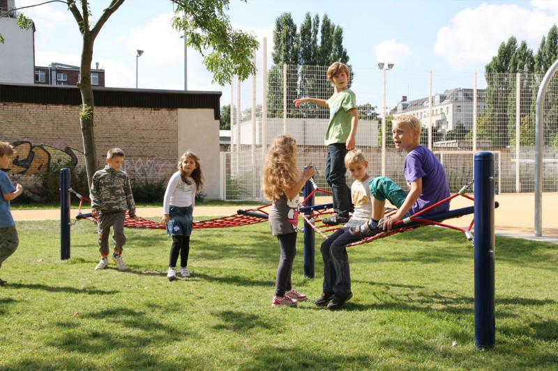 Urządzenia linowe na plac zabaw HAMAC